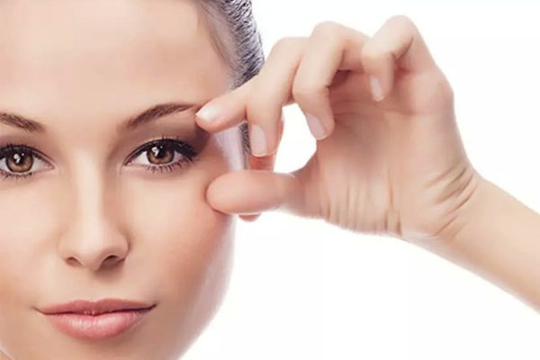 Peeling químico para olheiras